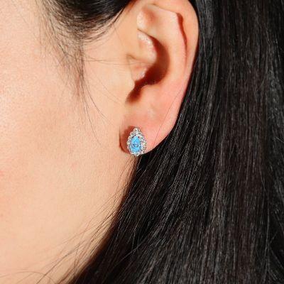 Blaue Diamantohrringe