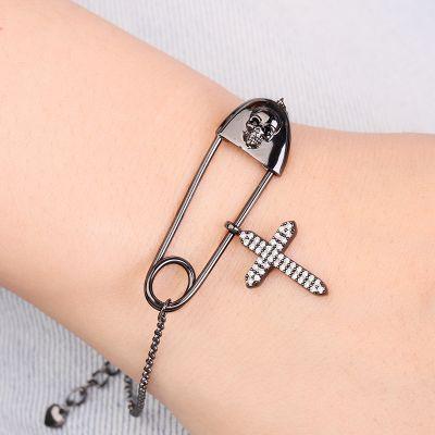 Schädel Büroklammer Armband