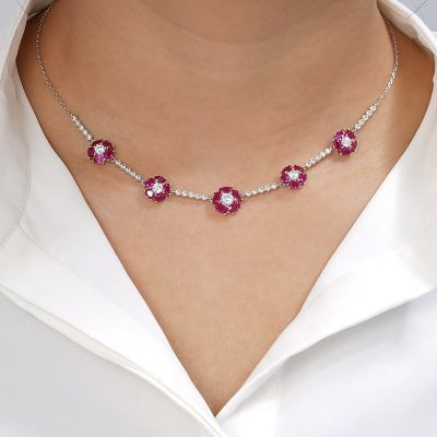 Rosa Blumen Halskette