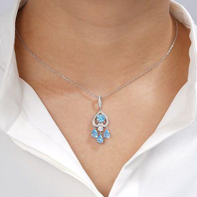Herzkette mit blauen Steinen