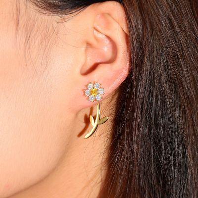 Kleine weiße Blumen Ohrringe